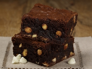 White & Dark Chocolate Brownie Mix